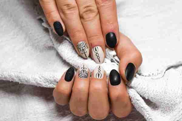 SOS dla kruchych paznokci 1