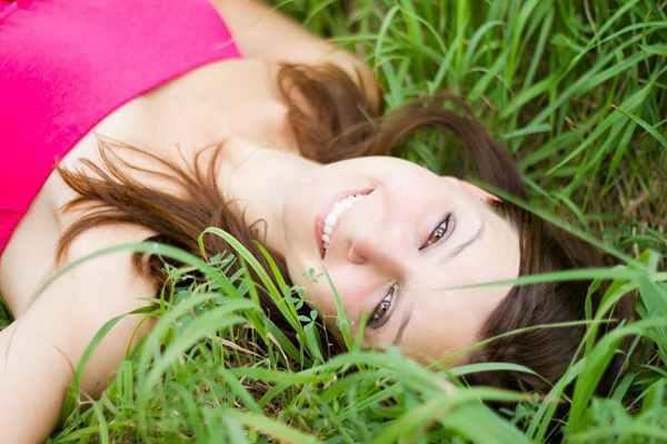 Zdrowy uśmiech dla każdego - jak ociągnąć efekt pięknych zębów?
