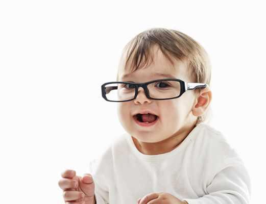 Kiedy przyjść z dzieckiem do stomatologa dziecięcego?
