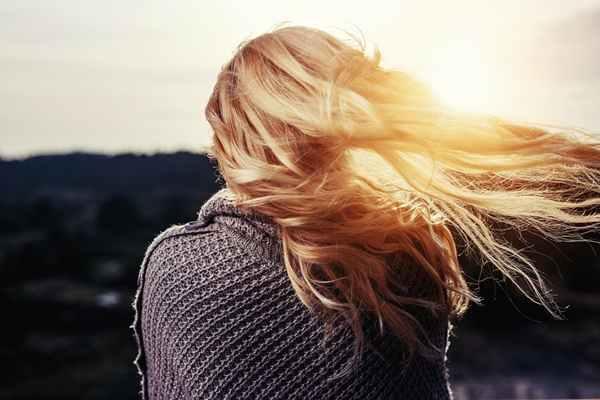 Naturalne oleje w pielęgnacji włosów