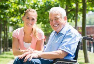 Opieka dla osób starszych – jak odpowiednio zorganizować właściwą opiekę dla seniora?