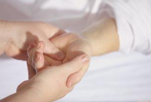Ból i drętwienie rąk- sprawdź czy to nie zespół cieśni nadgarstka