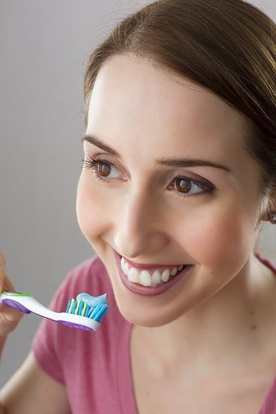 Jak dbać o zęby po wybielaniu?