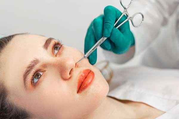 Operacja plastyczna nosa - podstawowe informacje